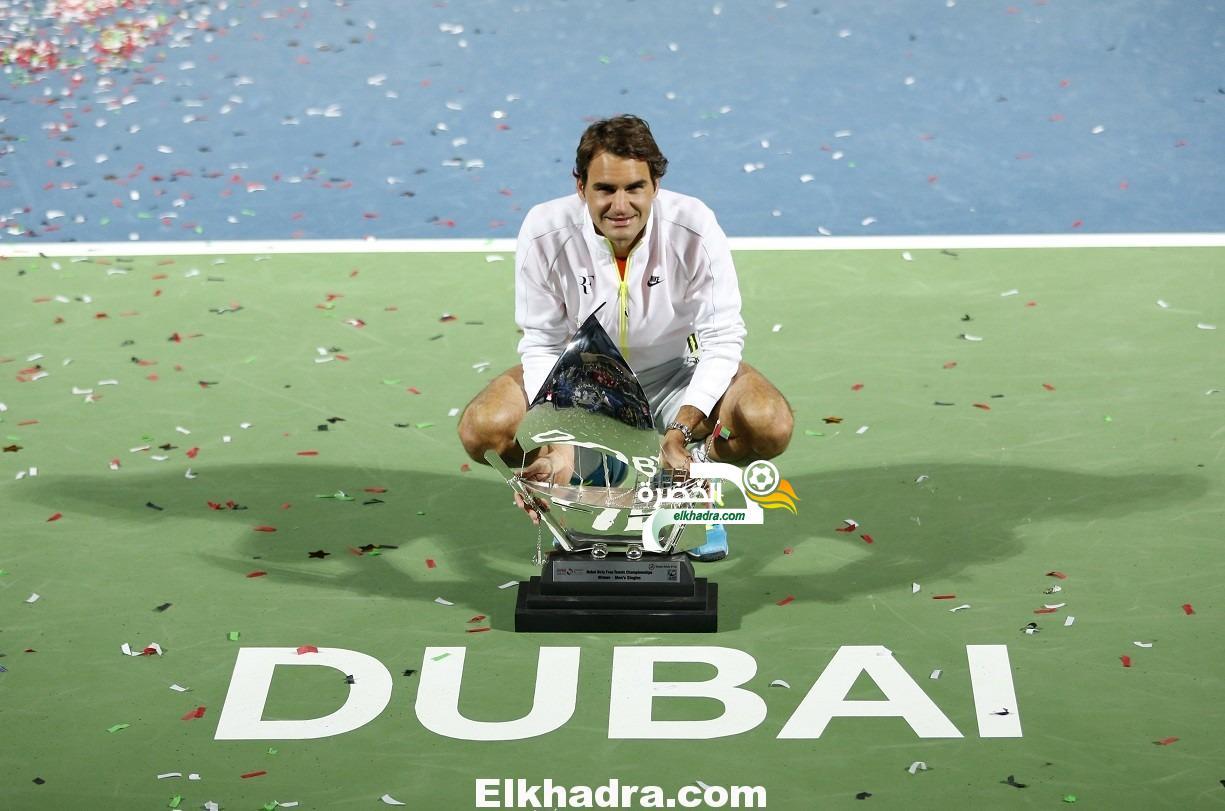روجيه فيدرر بطل دورة دبي الدولية للرجال في كرة المضرب